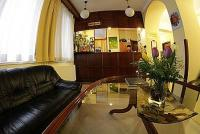 Hotel Metro Budapest, cheap rooms in the centre of Budapest Hotel Metro*** Budapest - apartment near Margaret Bridge and west railway station -