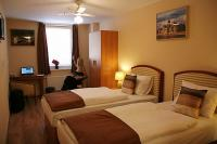 Discount accomodation in Budapest, close to the Western Railway Station and Andrassy street -  Hotel Six Inn Budapest