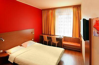 Trendy standard room for two for perfect relaxation - Star Inn Hotel*** Budapest Centrum, affordable hotel near the Great Boulevard in the centre of Budapest