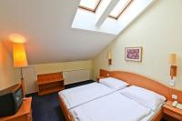 Double room at affordable prices in Hotel Sissi in Budapest